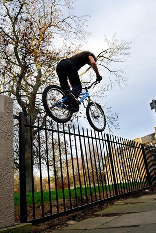 Der Zaun und Danny MacAskill