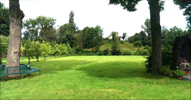 schöner Ausblick auf die Anlage des Seniorenstiftes in Grevenbroich-Wevelinghoven
