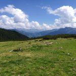 Ein tolles Pamorama empfängt uns oben an der Bergstation der Golmbahn